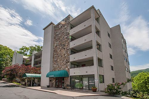 Laurel inn 103 gatlinburg condo in gatlinburg tn - Gatlinburg 3 bedroom condo rentals ...