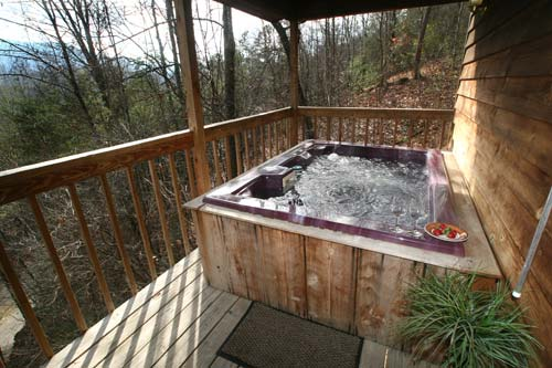 Log cabin hot tub gallery for Cabin in gatlinburg with hot tub