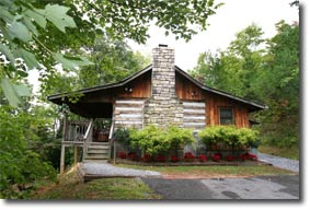 Honeymoon Hideaway TR#33 in Gatlinburg, Tennessee